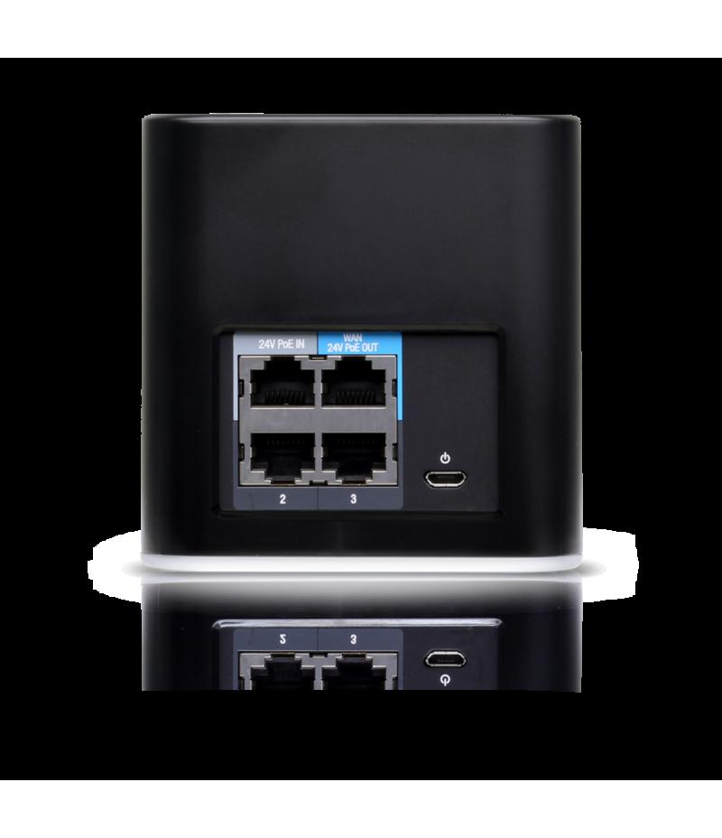 Точка за достъп Ubiquiti airCube ISP ACB-ISP